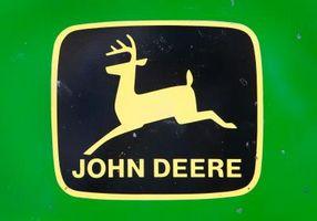 Comment faire pour installer une batterie sur un John Deere Perego