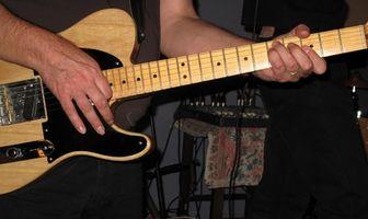 Comment régler Bridge et l'intonation d'une guitare