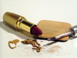 Comment apprendre comment appliquer le maquillage pour les visages des autres