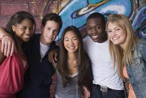 Comment arriver à connaître les amis de votre adolescent
