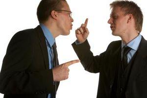 Comment traiter avec des gens vous ne supportez pas
