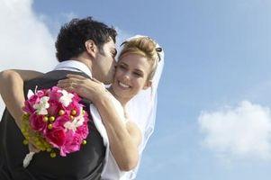 Comment Braid ruban sur bouquet de mariée Tiges