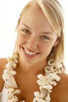 Comment faire un collier coquillage comme vous voyez en vacances