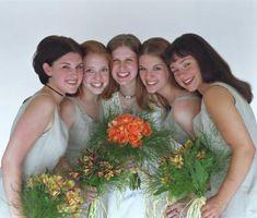 Comment Demandez à vos demoiselles d'honneur d'être dans votre mariage