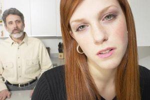 Comment aider les adultes aux enfants à reconnaître une relation de violence