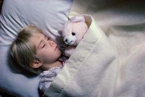 Comment puis-je aider mon enfant d'âge préscolaire aller dormir?