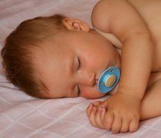Comment aider un 9-month-old dormir toute la nuit