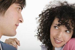 Comment donner des indices aux gens que vous les aimez