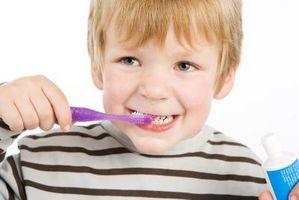 Comment puis-je faire mon enfant se brosser les dents?