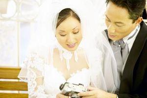 Comment attacher une cravate Ascot pour un mariage occidental