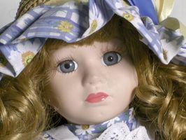 Comment identifier Antique allemande & Dolls françaises