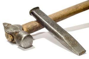Granite de coupe avec un ciseau