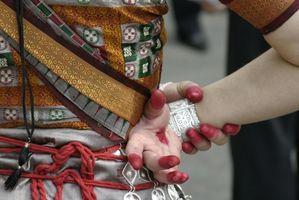 La robe traditionnelle de danse Manipuri