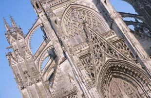 Quels sont les éléments d'un roman gothique romantique?