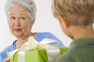 Idées cadeaux pas chers pour les seniors
