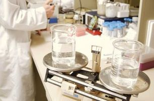Comment faire pour déterminer lequel composé est plus acide