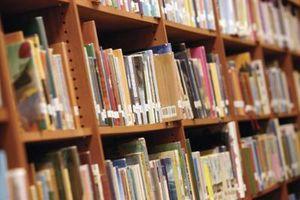 Comment faire une base de données de livres avec des sujets
