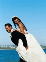 Comment choisir des robes de mariée de plage