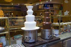 Comment faire fondre le chocolat pour une fontaine