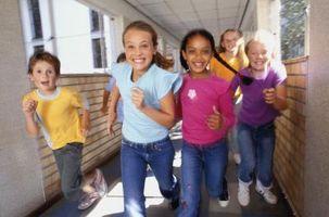 Quels sont les avantages de confiance sociale chez les enfants?