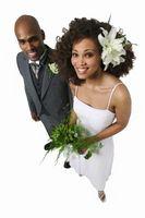 Tipping Etiquette pour mariage cheveux et maquillage