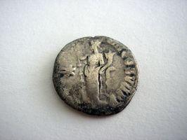 La meilleure manière de Un Coin Collector pour restaurer des pièces terne et Grimy