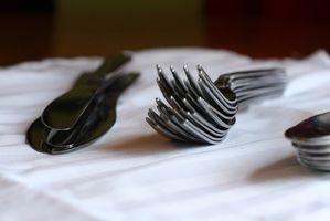 Dining Set Etiquette: fourchettes, couteaux et cuillères