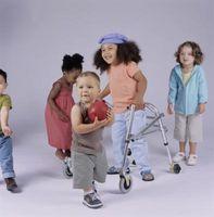 Aider les enfants ayant un handicap physique se faire des amis