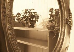 Comment trouver des informations sur les miroirs anciens