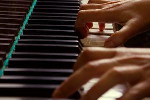 Comment apprendre à jouer du piano à l'oreille