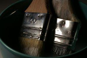 Comment nettoyer brosses utilisées avec de la peinture à base d'huile