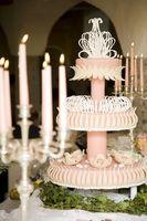 Comment concevoir le gâteau de mariage Tableau Images