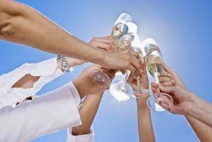 Comment porter un toast pour démarrer une réunion