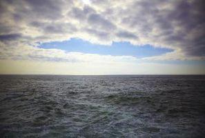 Comment peindre l'eau dans l'océan