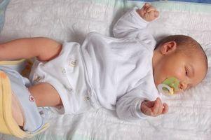 Comment traiter un bébé avec une froide