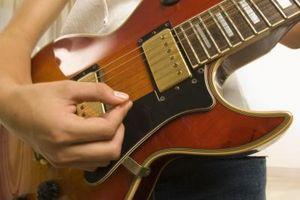 Guitar Picks pour atteindre la vitesse