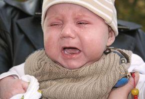 Comment calmer un bébé qui pleure