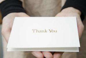 Comment vous envoyer des notes de remerciement pour une Surprise Party