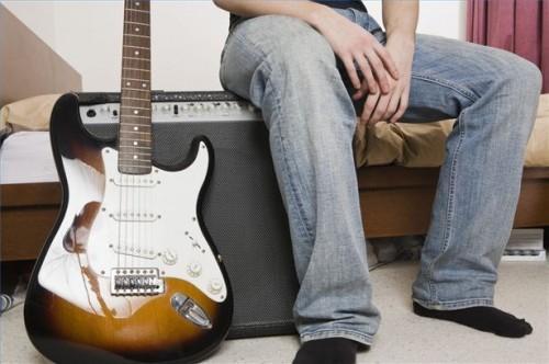 Comment cordes d'une guitare électrique