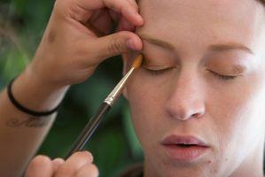 Types d'applicateurs de maquillage de théâtre