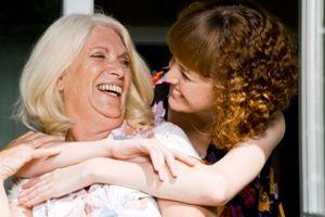 Causes et facteurs de risque de maltraitance des personnes âgées