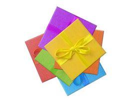 Idées cadeaux d'anniversaire de mariage traditionnelles