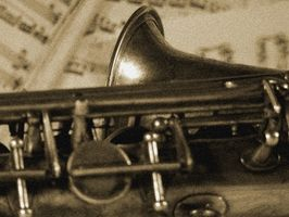 Yamaha YTS-23 Saxophone information