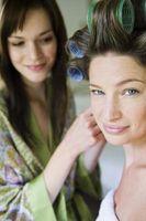 Comment faire pour coiffer vos cheveux pour une demoiselle d'honneur