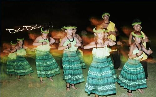 Comment Hula Dance To The Hukilau Chanson