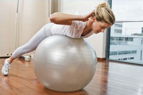 Comment utiliser un ballon d'accouchement pendant la grossesse
