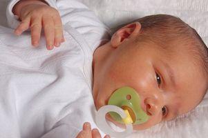 Les symptômes de gaz dans un bébé la nuit