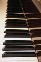 Comment MIC A Baby Grand Piano pour l'enregistrement