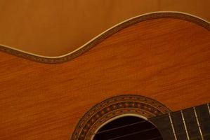 Comment réparer une fissure dans un bois acajou Guitare