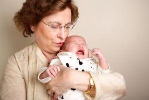 Comment calmer un bébé qui a du gaz